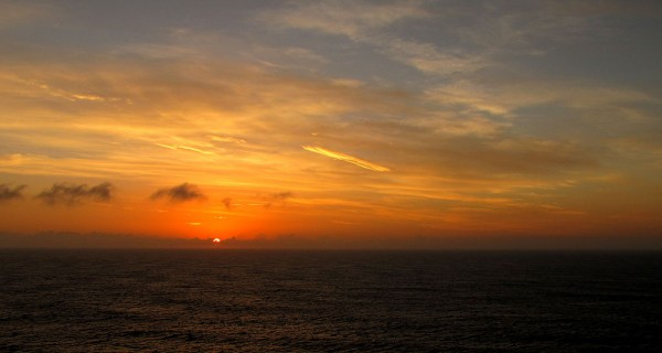 Carl Sagan arranges for sunrise